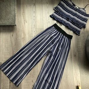 Other - Pleated Striped 2 Piece Set M